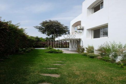 villa-750-m²-5-chambres-chauffage-central-piscine_17984027