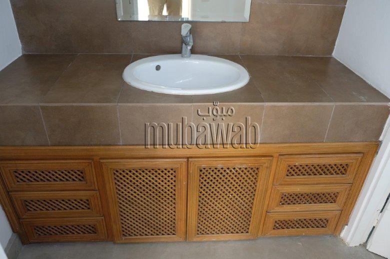 villa-750-m²-5-chambres-chauffage-central-piscine_17984031