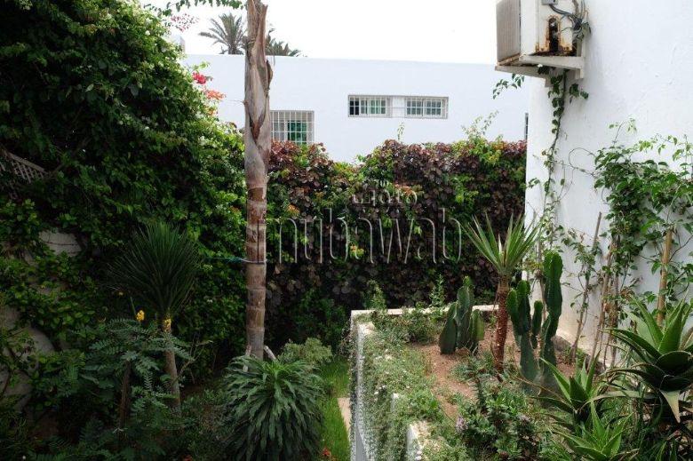 villa-750-m²-5-chambres-chauffage-central-piscine_17984034