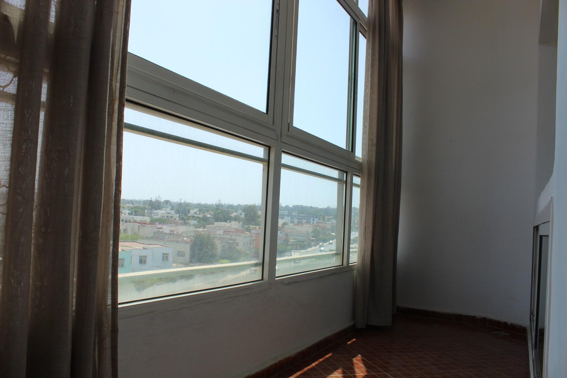 Casablanca, bourgogne à louer ,confortable appartement de 80 M2étage élevé sans vis-à-vis