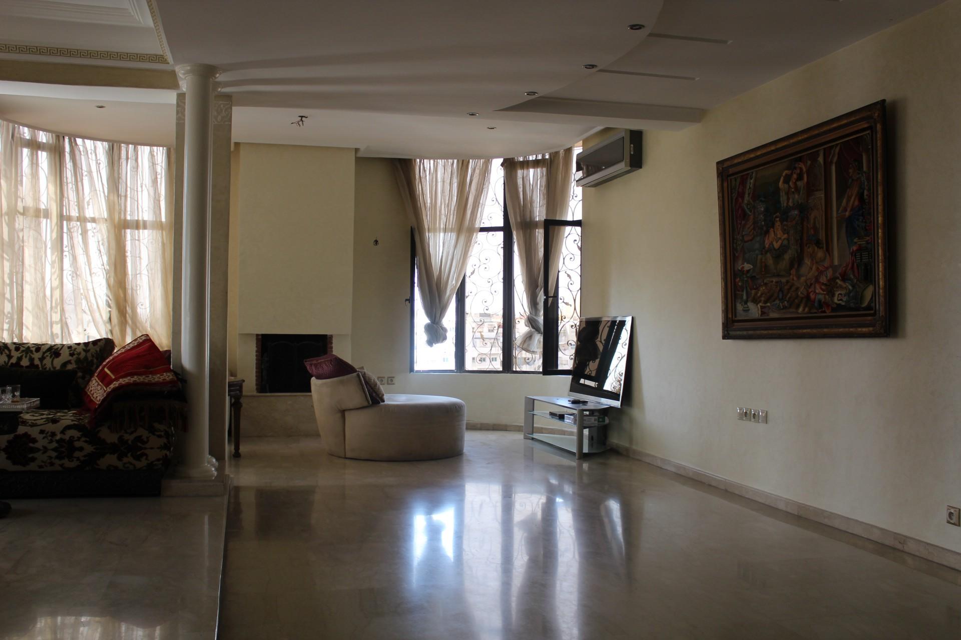 Maroc, Casablanca proche Bld Ghandi(Lydec) A louer Bureau lumineuxde 119 m².
