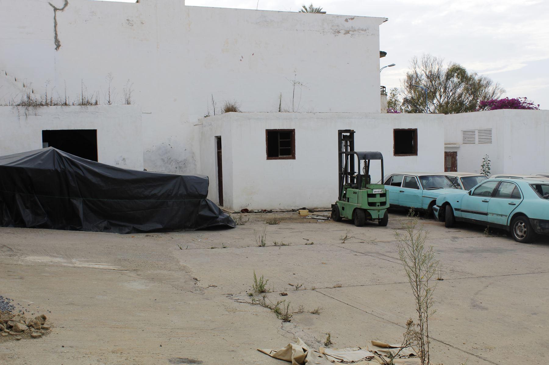 Mieux qu'une villa ! Maroc, Casablanca, Racine (entre Bld Massira Khadra et Anfa) à acheter agréable logement calme entierement refait à neuf d'une superficie de 287m²