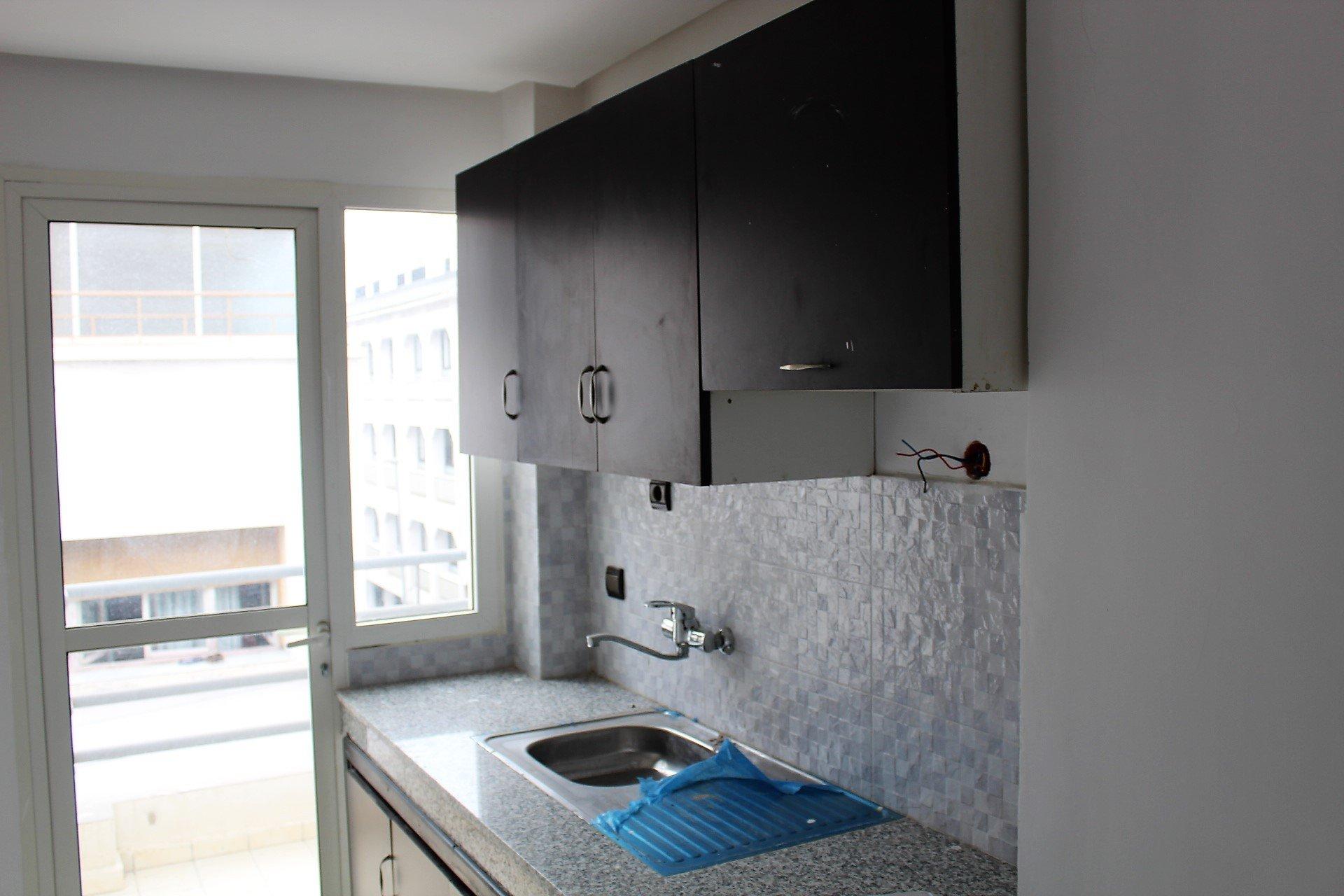 Casablanca, à louer très vaste appartement de 187 M2 en hyper centre
