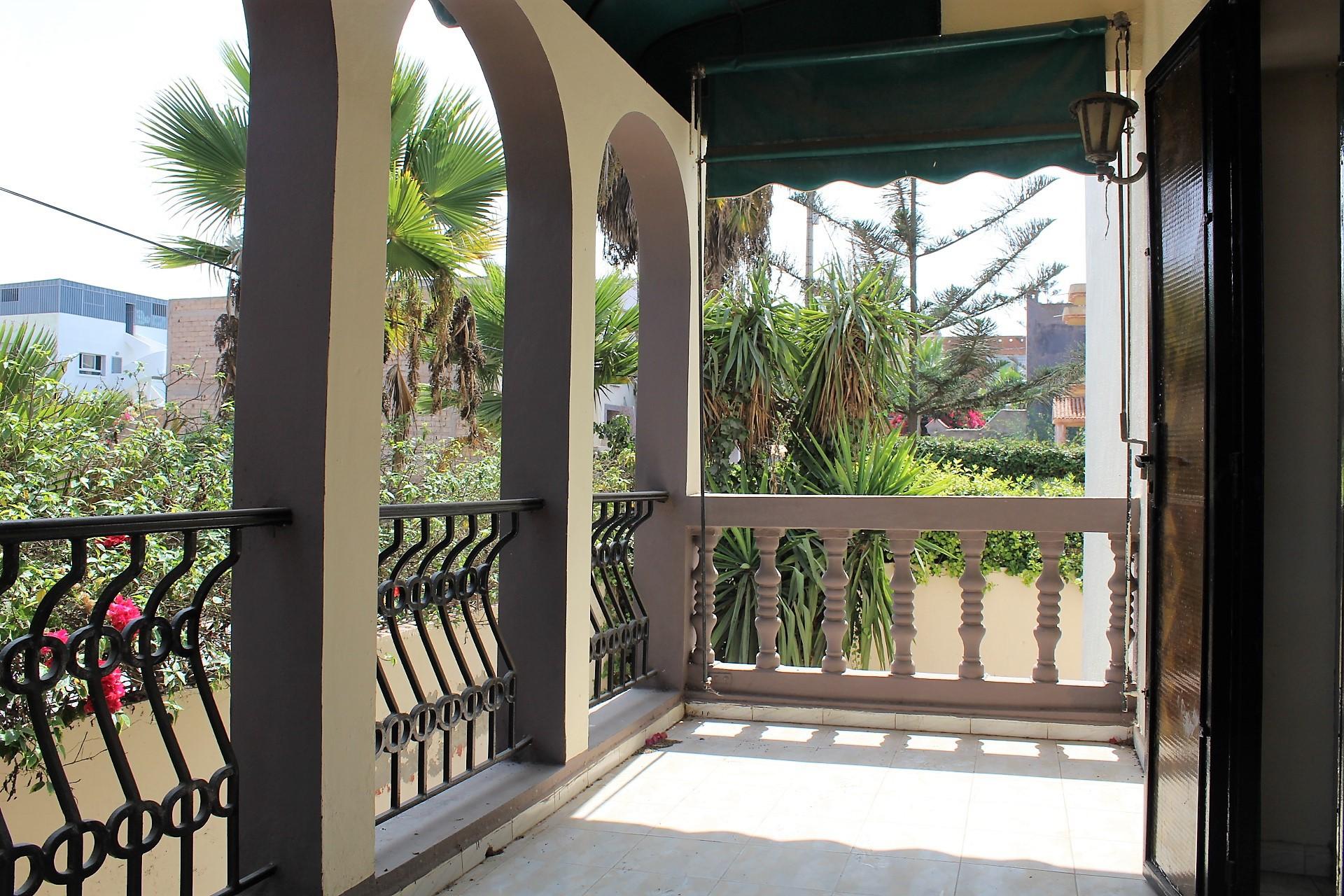 Dar Bouazza belle affaire a faire  pour cette villa independante de 330 M2