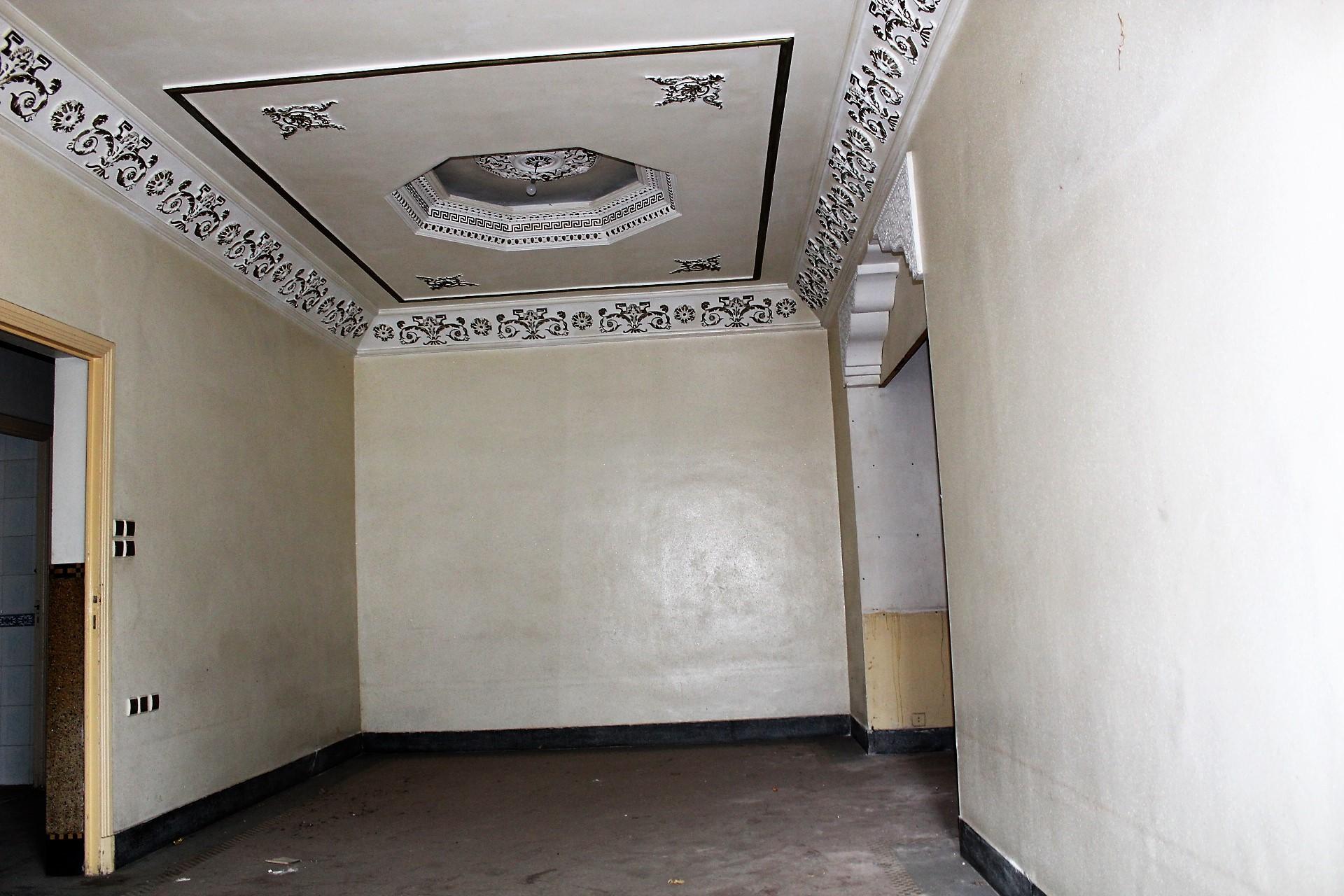 Casablanca sud à louer confortable logement de 78 M2 en dernier étage avec balcon et terrasse.