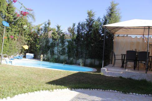 Belle villa meublée avec piscine a louer