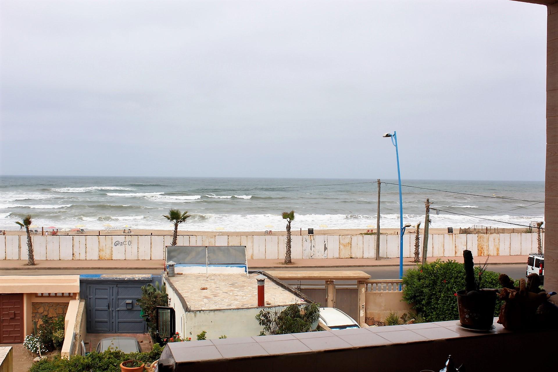 RDC de Villa meublée face a la mer