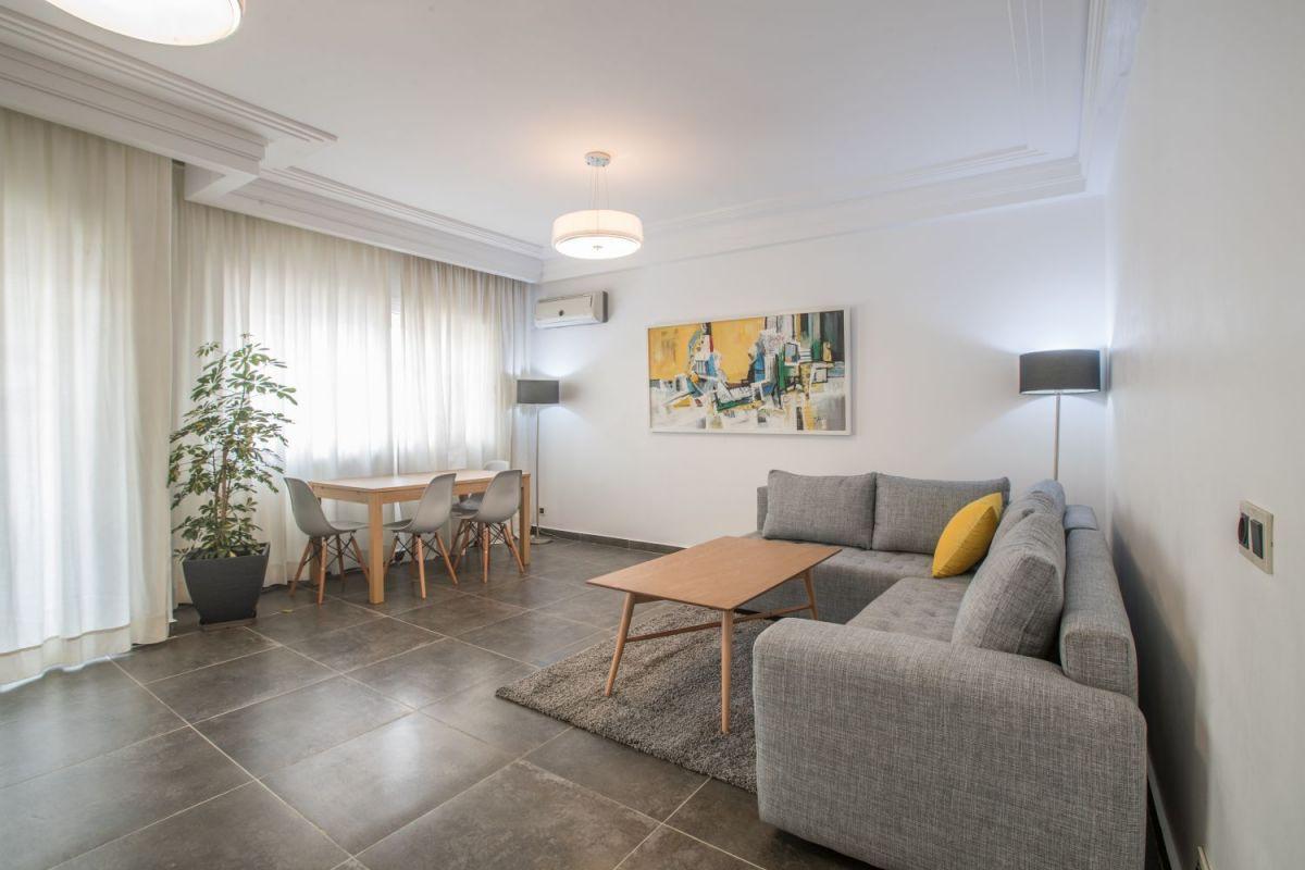 Gauthier,à louer très haut standing, Bel appartement meublé avec terrasse