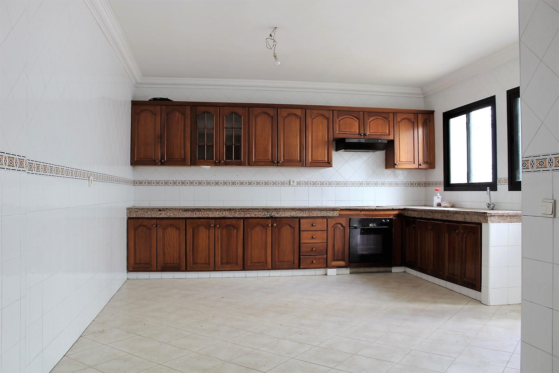 Casablanca, racine , à louer appartement familial de 175 M2