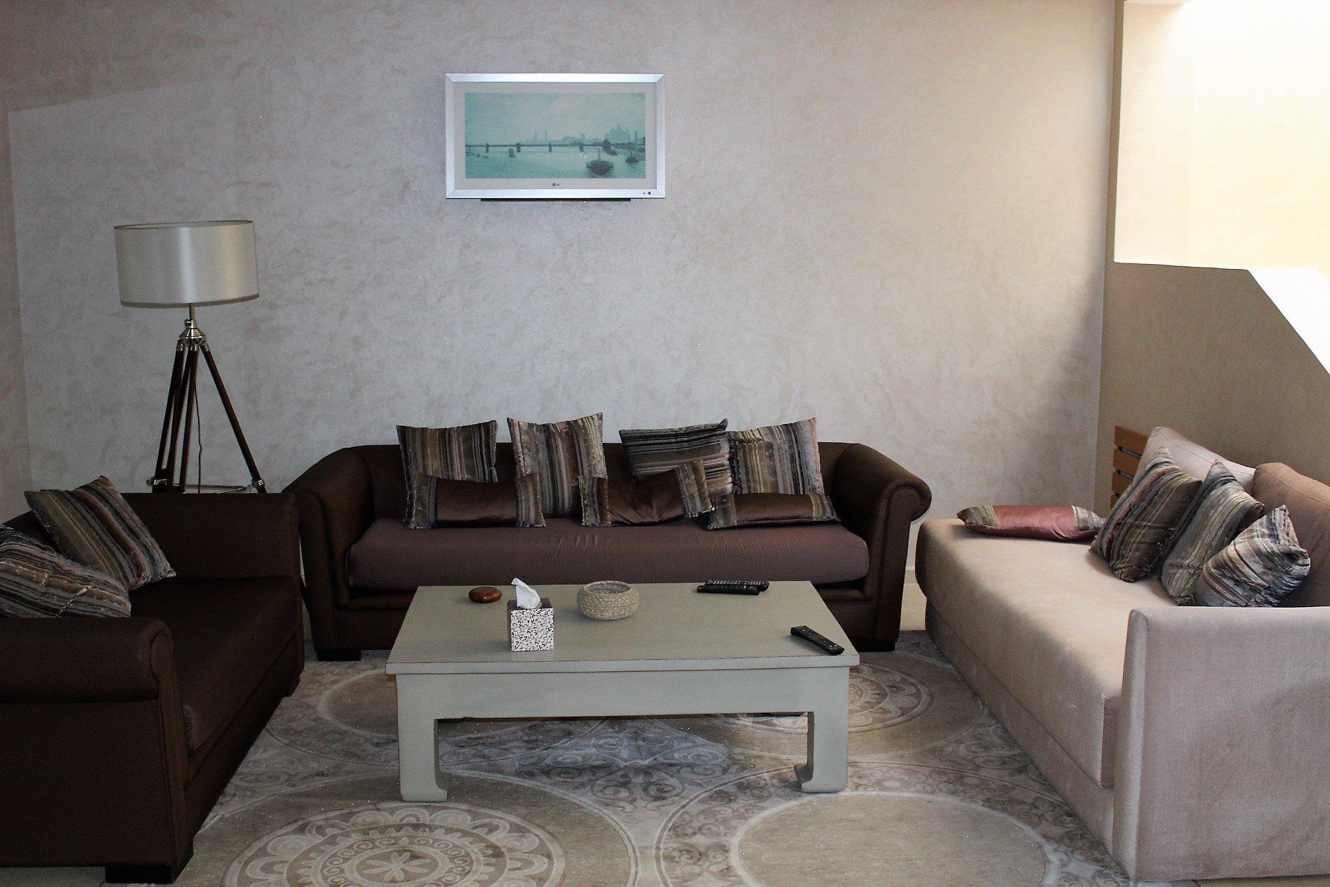 Casablanca, racine, à louer appartement familial de 175 M2