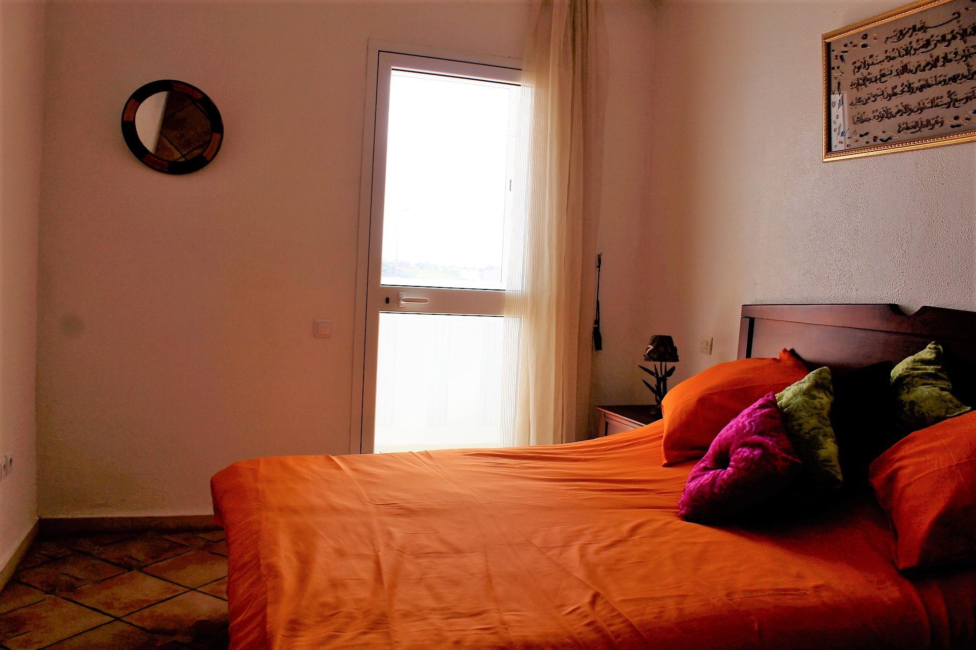 Maroc, Casablanca, Gauthier, à louer agréable studio avec parking dans immeuble bourgeois