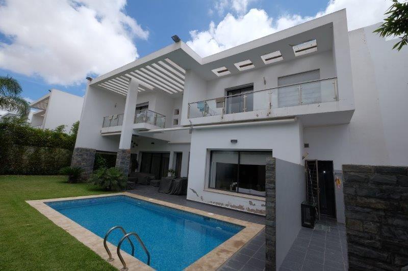 Maroc, bouscoura, à acheter Villa  moderne cathedrale 639 m² avec 4 chambres