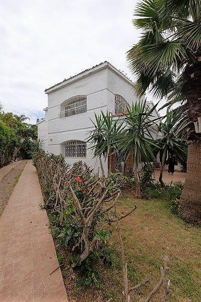 Maroc, Casablanca en bas de la colline d'Anfa, à louer villa avec très vaste jardin