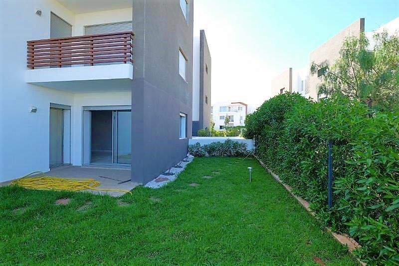 Maroc, Bouscoura, A LOUER, bel Appartement avec Jardin de 148 m² et superficie habitable de 150 M2.