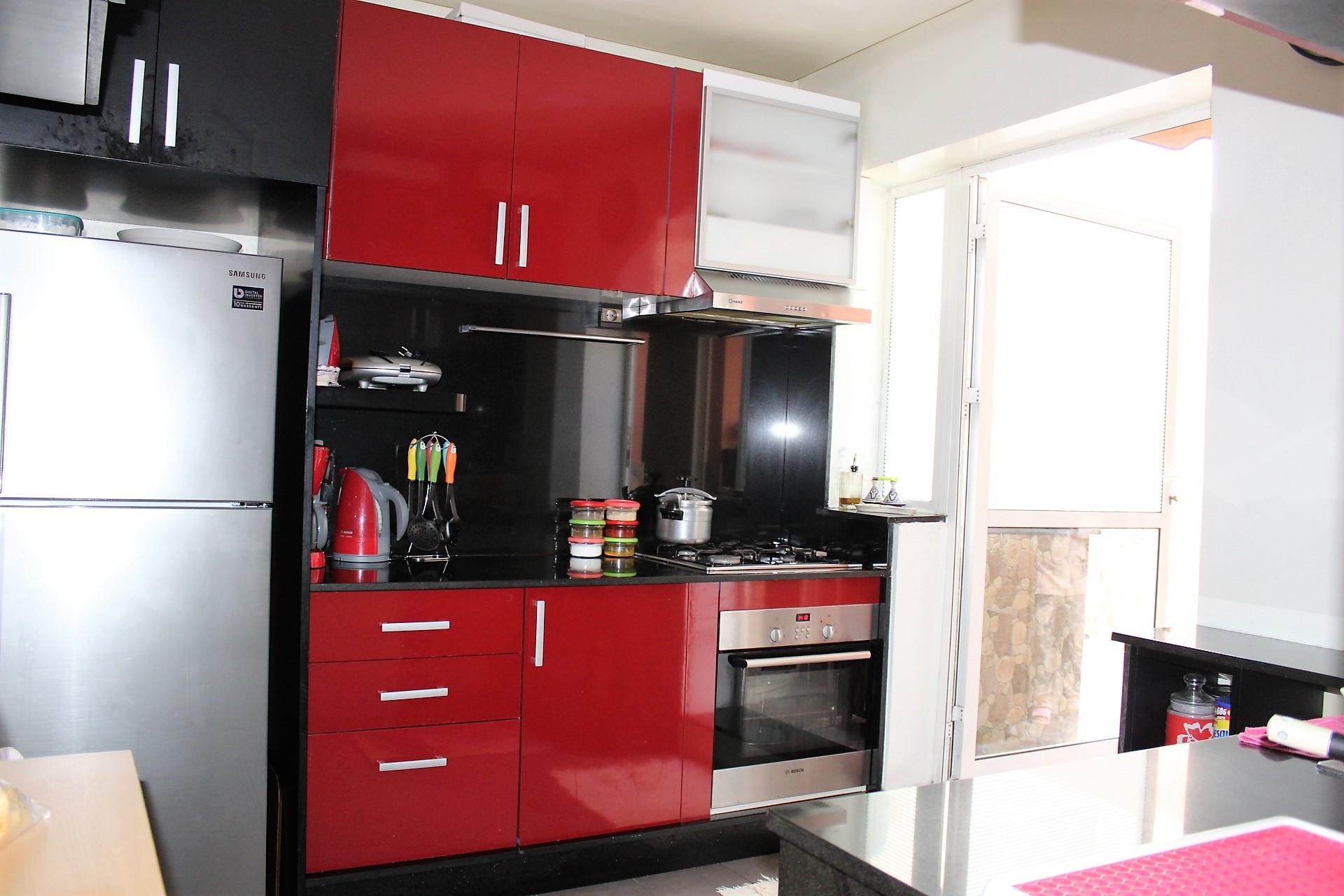 Maroc, Casablanca, à saisir joli appartement de 97m² dans résidence récente située entre le Bld Roudani et Ghandi