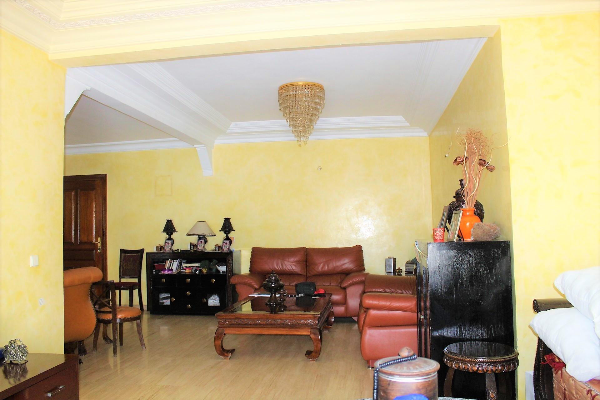 Maroc, Casablanca, Maarif extension belle affaire à ne pas manquer! Vente d'appartement de 242 m² à petit prix