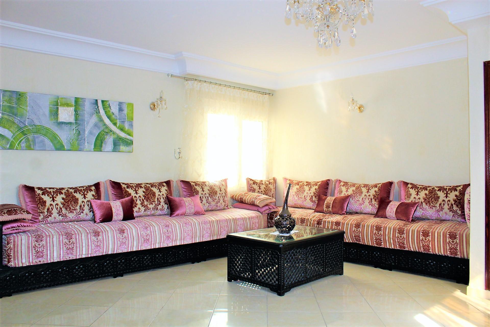 Maroc, Casablanca, à louer parfait meublé refait à neuf, secteur Bld Emile Zola.