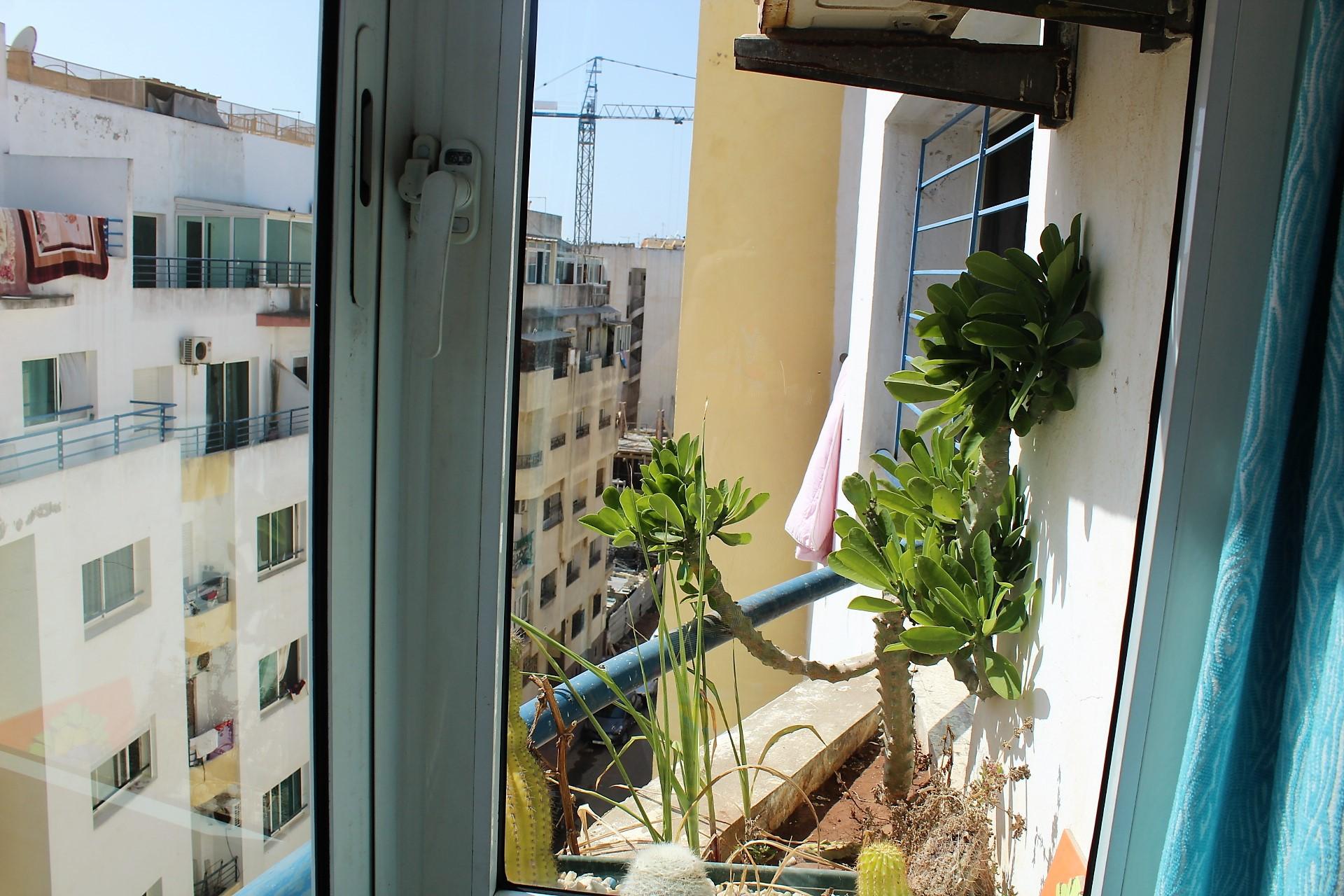 Maroc, Casablanca, Bourgogne à louer appartement de 89 M2 + terrasse