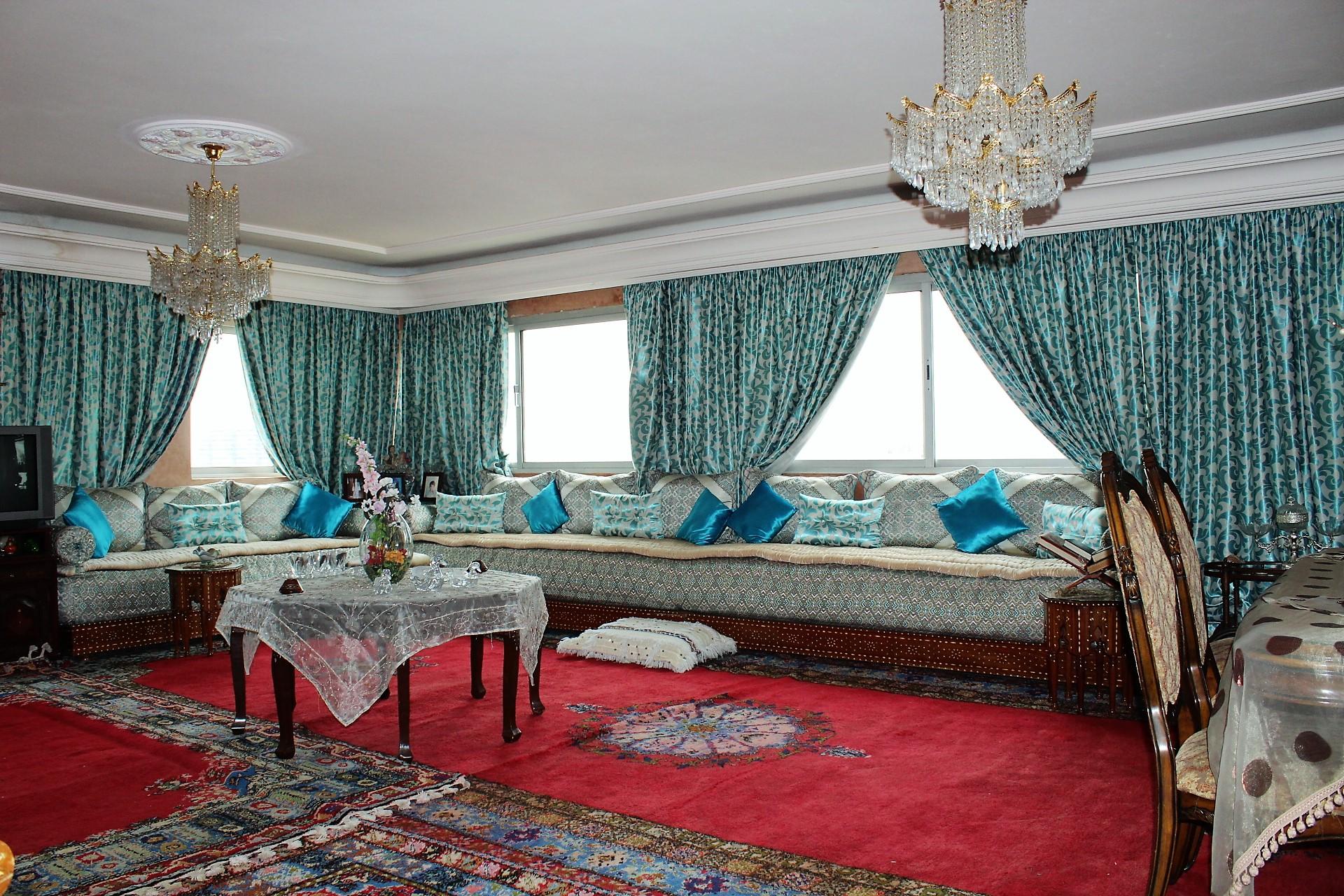 Casablanca, Rare sur le Bld Anfa à vendre Penthouse de 280 M2 habitable (sur toit) grande hauteur avec terrasse