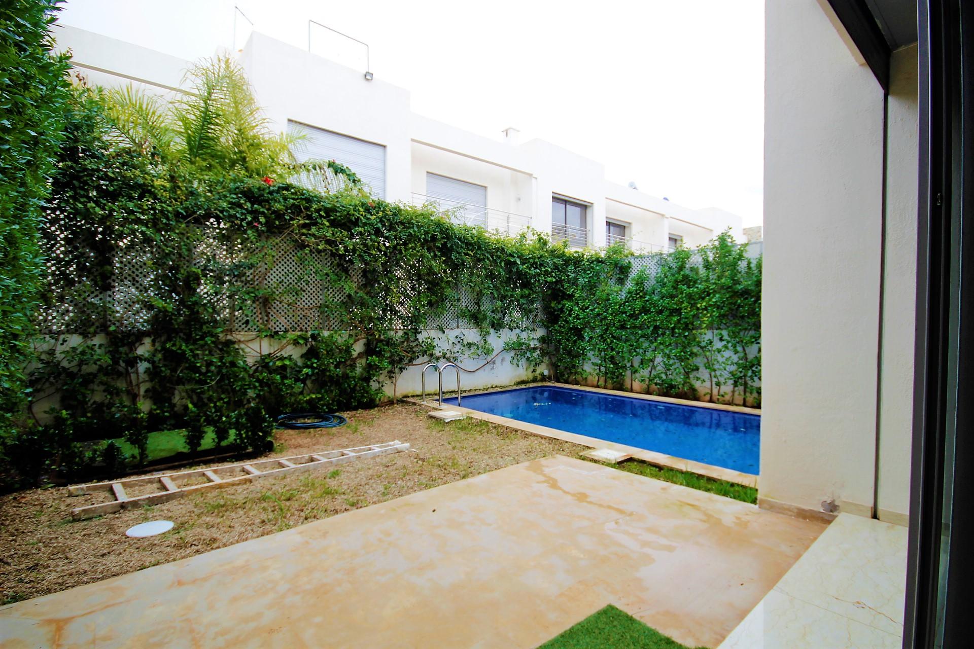 Maroc, CASABLANCA – Dar Bouazza, à  vendre ou à louer villa dans résidence clôturée et sécurisée en plein cœur d'un site naturel