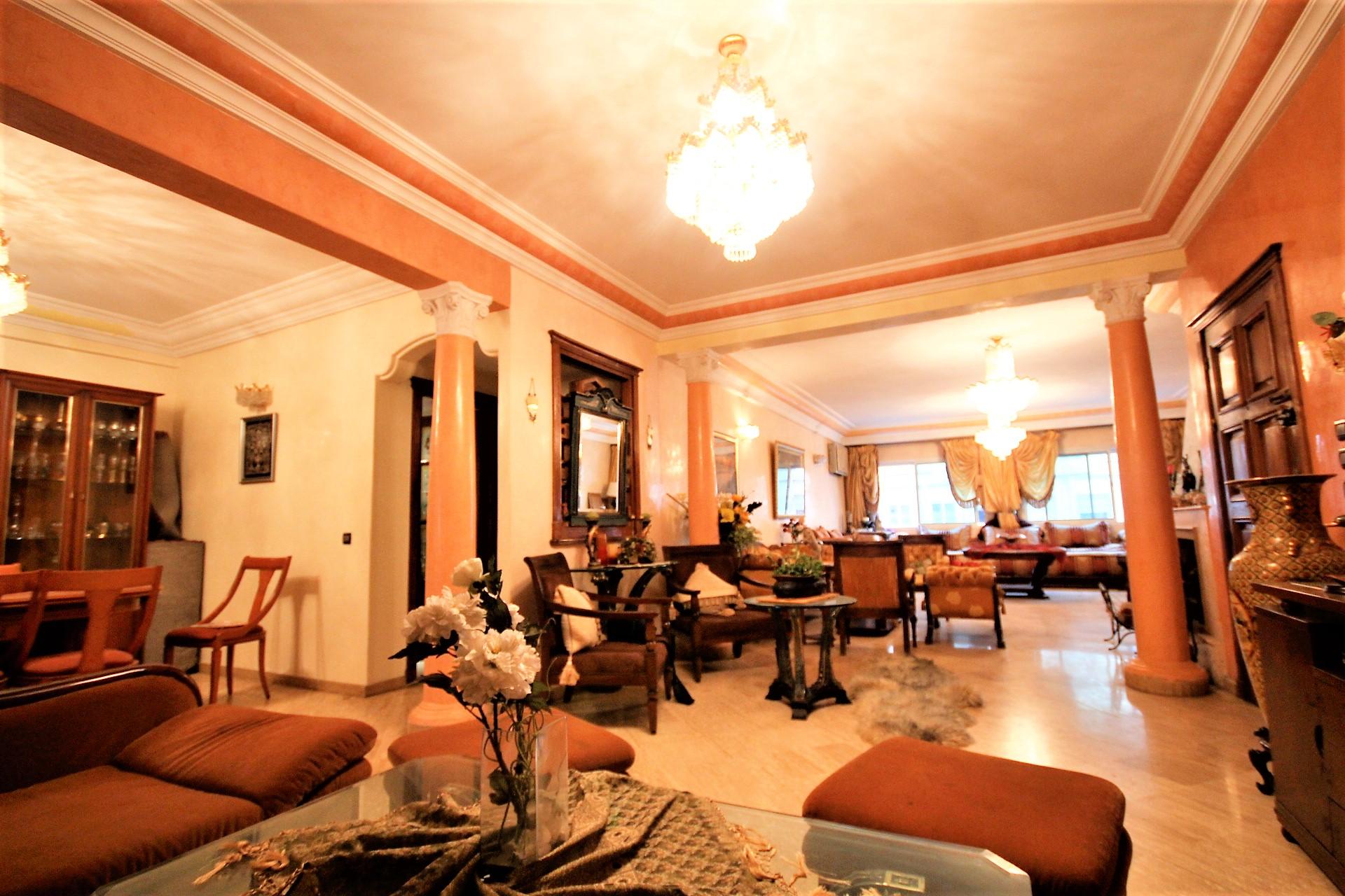 Maroc, Casablanca, cœur de racine, à louer confortable logement meublé d'une superficie totale habitable de 160 m²