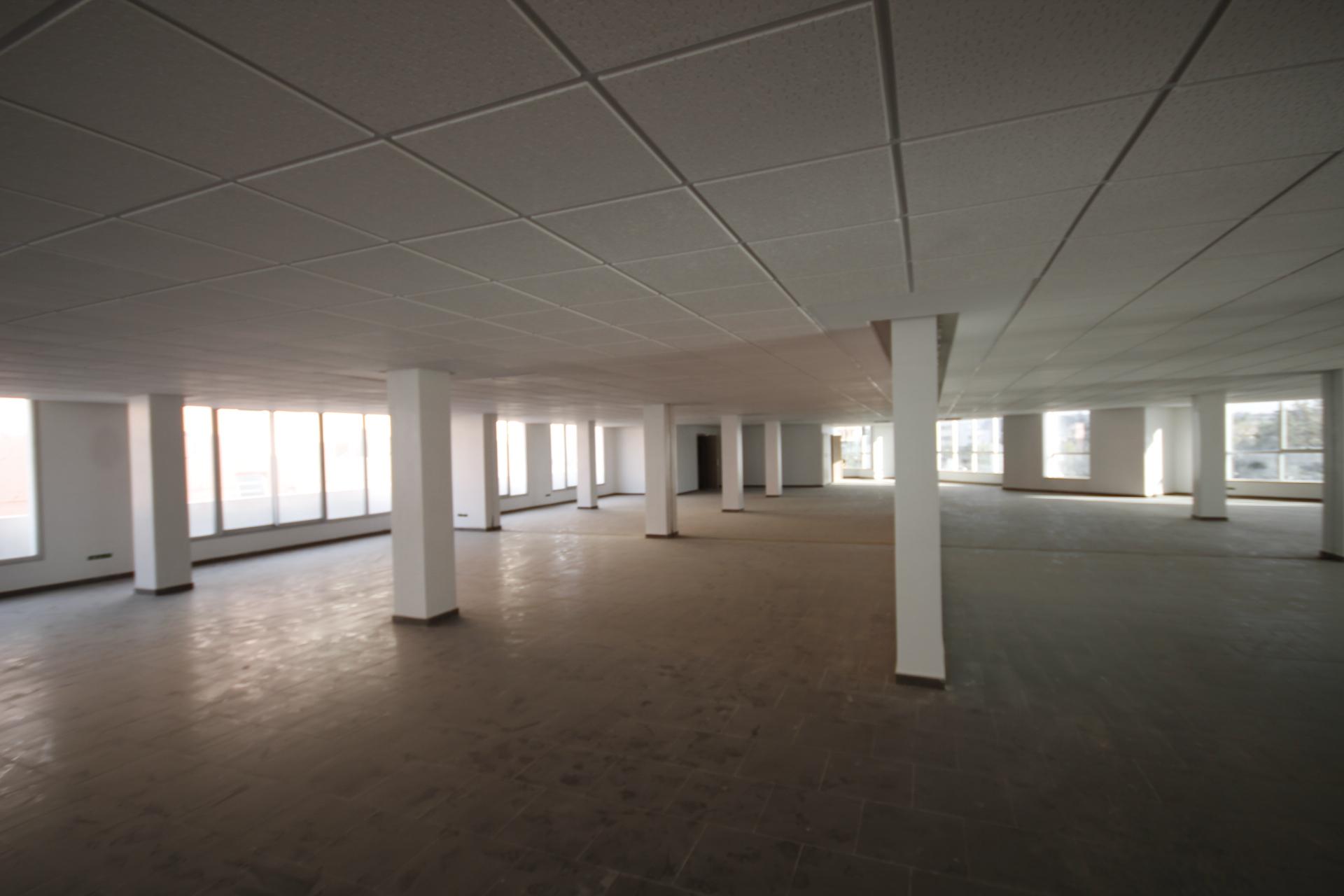 Afrique, Maroc, Casablanca, Sidimaarouf, en plein quartier d'affaire à louer immeubles de bureaux sous forme de plateaux en open space