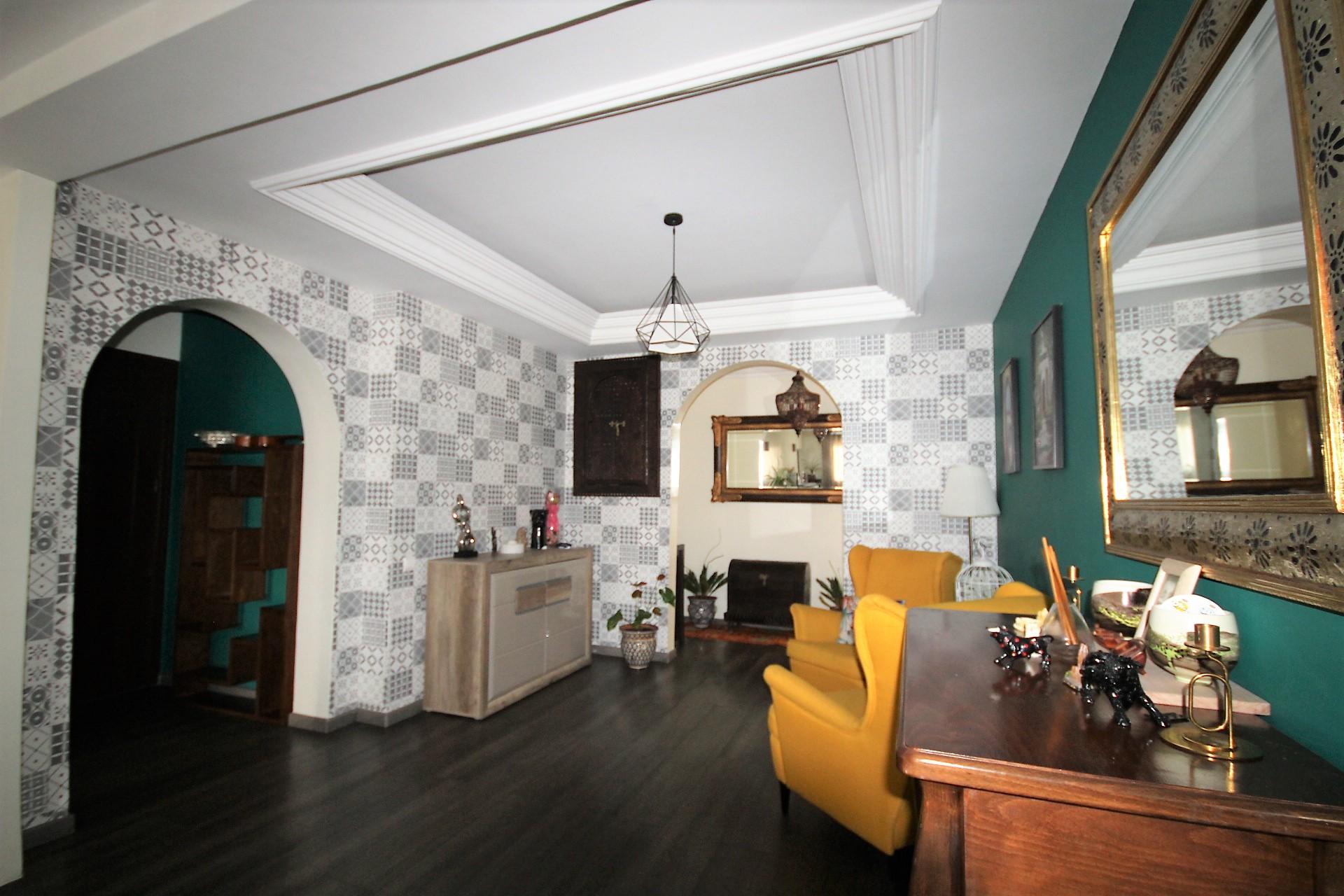 EXCLUSIVITÉ: Gauthier à louer luxueux appartement lumineux meublé de 200 M² en étage élevé