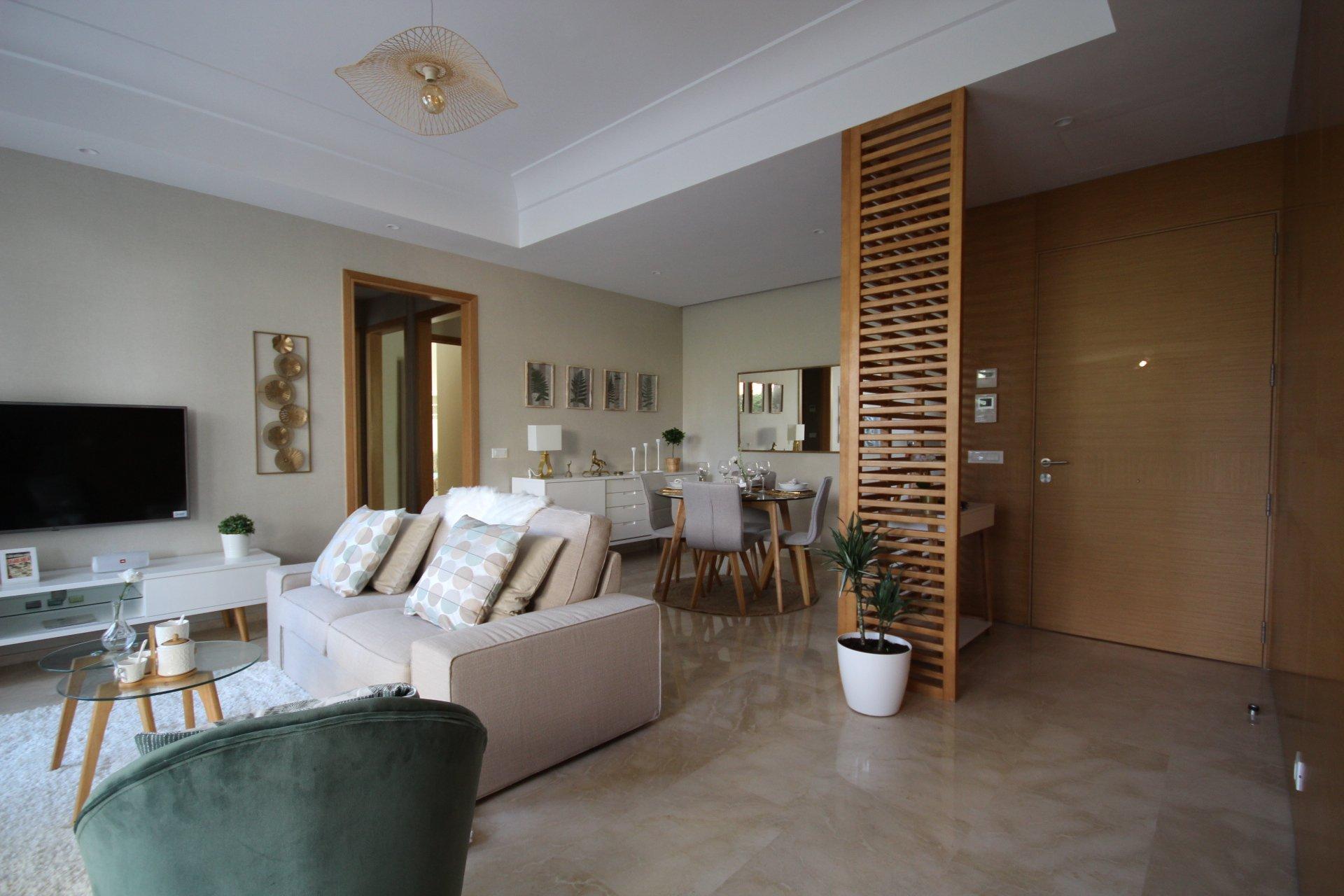 Maroc, Casablanca, secteur Casa finance City, à louer luxueux meublé avec jardin privatif.