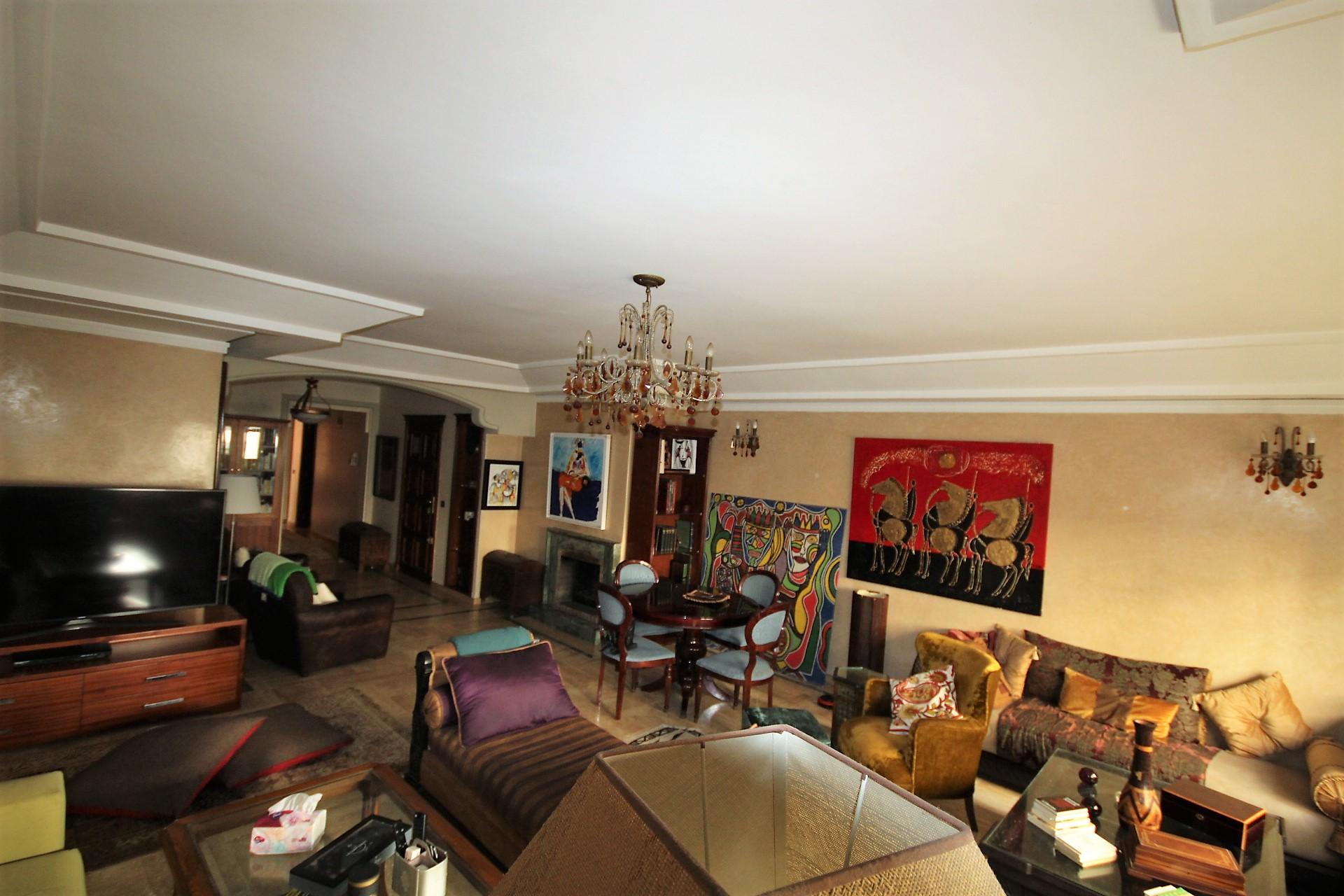Racine centre, à vendre appartement de qualité de 205 m² avec belle terrasse ensoleillée