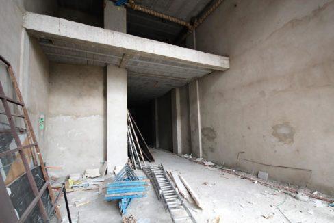 a-louer-magasin-avec-7m-de-hauteur-d-une-superficie-111-m2-1642