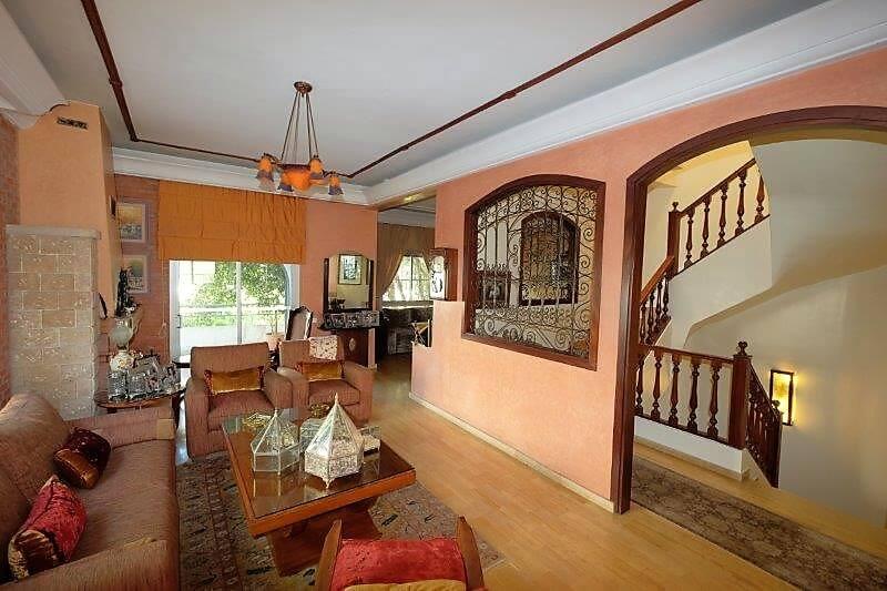 agreable-villa-entierement-refaite-a-acheter-d-une-superficie-terrain-de-460m-et-400m-habitable-en-triplex-sur-3-niveaux-0028