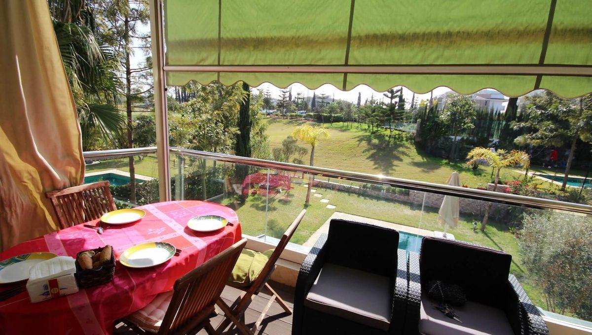 bouskoura-a-acheter-appartement-avec-terrasse-et-vue-sur-golf-et-espaces-vert-01