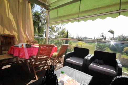 bouskoura-a-acheter-appartement-avec-terrasse-et-vue-sur-golf-et-espaces-vert-02