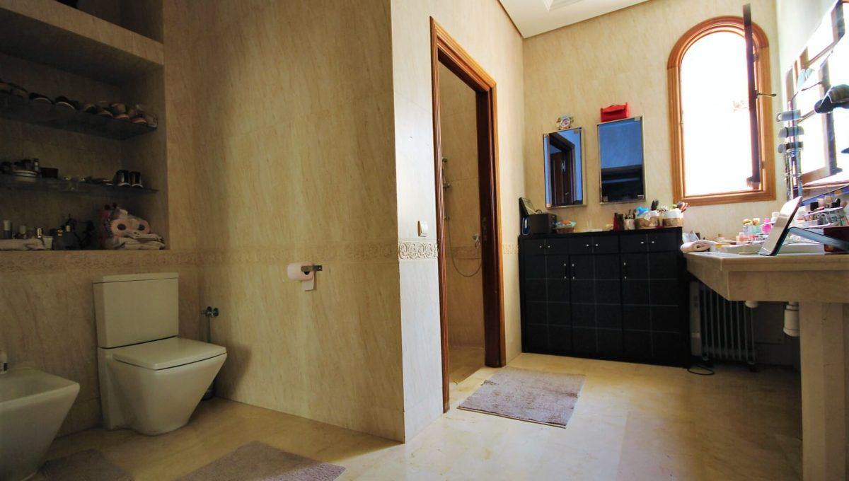 casablanca-californie-splendide-villa-a-acheter-de-700-m2-habitable-sur-un-terrain-de-1100-m2-de-terrain-014