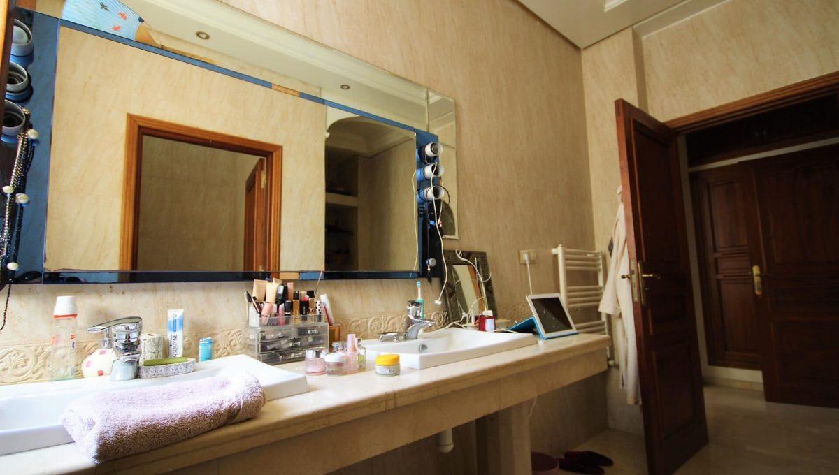 casablanca-californie-splendide-villa-a-acheter-de-700-m2-habitable-sur-un-terrain-de-1100-m2-de-terrain-018