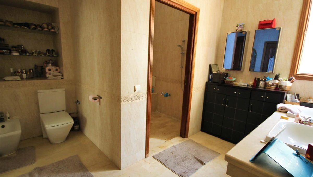casablanca-californie-splendide-villa-a-acheter-de-700-m2-habitable-sur-un-terrain-de-1100-m2-de-terrain-019