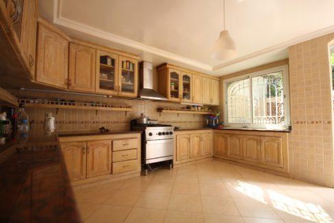 casablanca-californie-splendide-villa-a-acheter-de-700-m2-habitable-sur-un-terrain-de-1100-m2-de-terrain-025