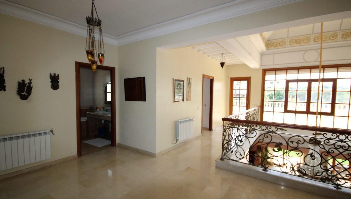 casablanca-californie-splendide-villa-a-acheter-de-700-m2-habitable-sur-un-terrain-de-1100-m2-de-terrain-033