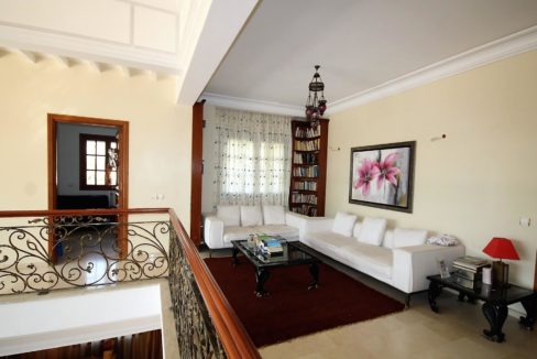 casablanca-californie-splendide-villa-a-acheter-de-700-m2-habitable-sur-un-terrain-de-1100-m2-de-terrain-036