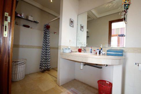casablanca-californie-splendide-villa-a-acheter-de-700-m2-habitable-sur-un-terrain-de-1100-m2-de-terrain-040