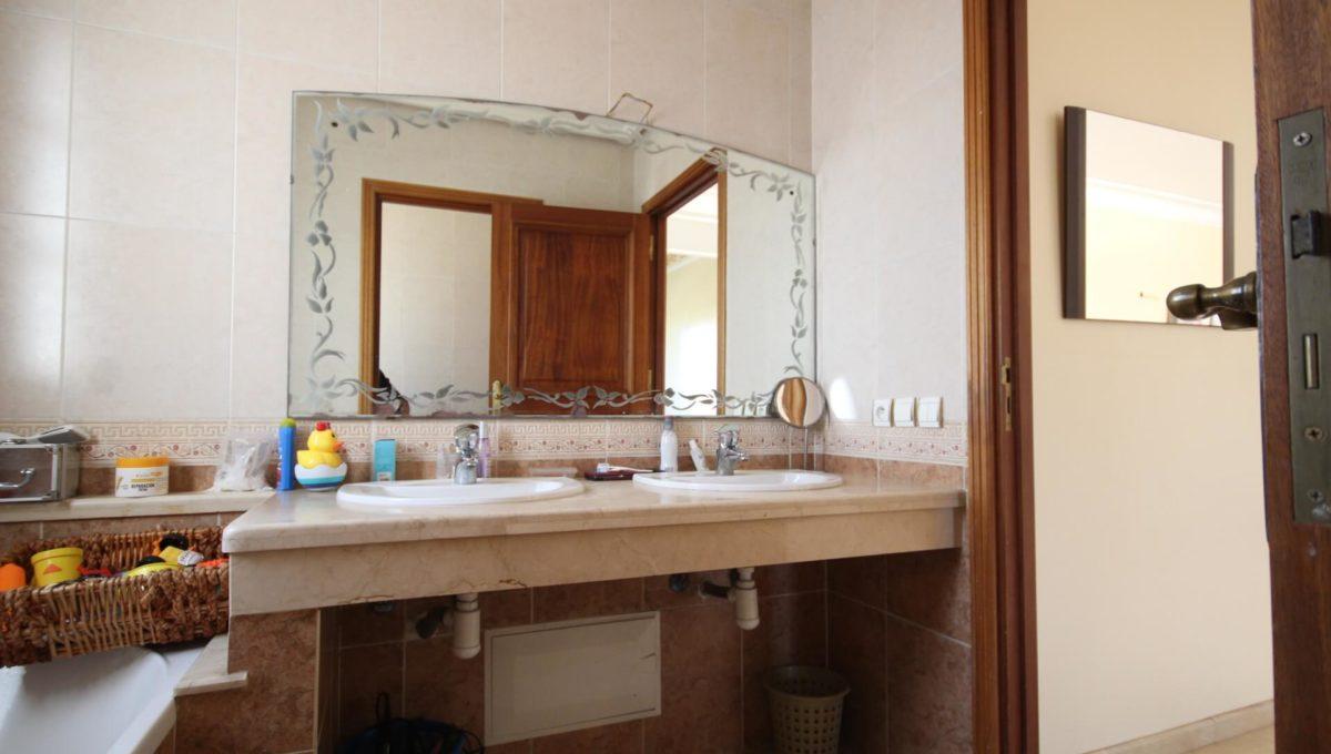 casablanca-californie-splendide-villa-a-acheter-de-700-m2-habitable-sur-un-terrain-de-1100-m2-de-terrain-044