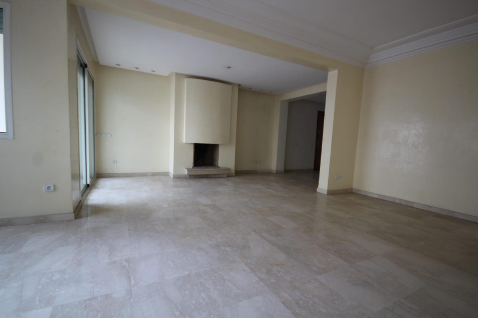 Maroc, Casablanca, RACINE, à acheter parfait luxueux appartement de 3 chambres bien exposé