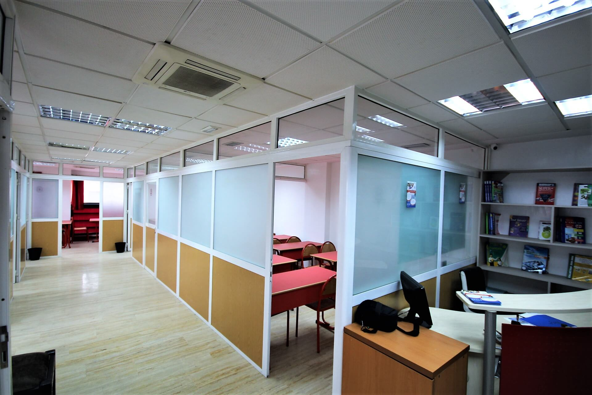 Plateau de Bureau dans immeuble professionnel, Maarif extension