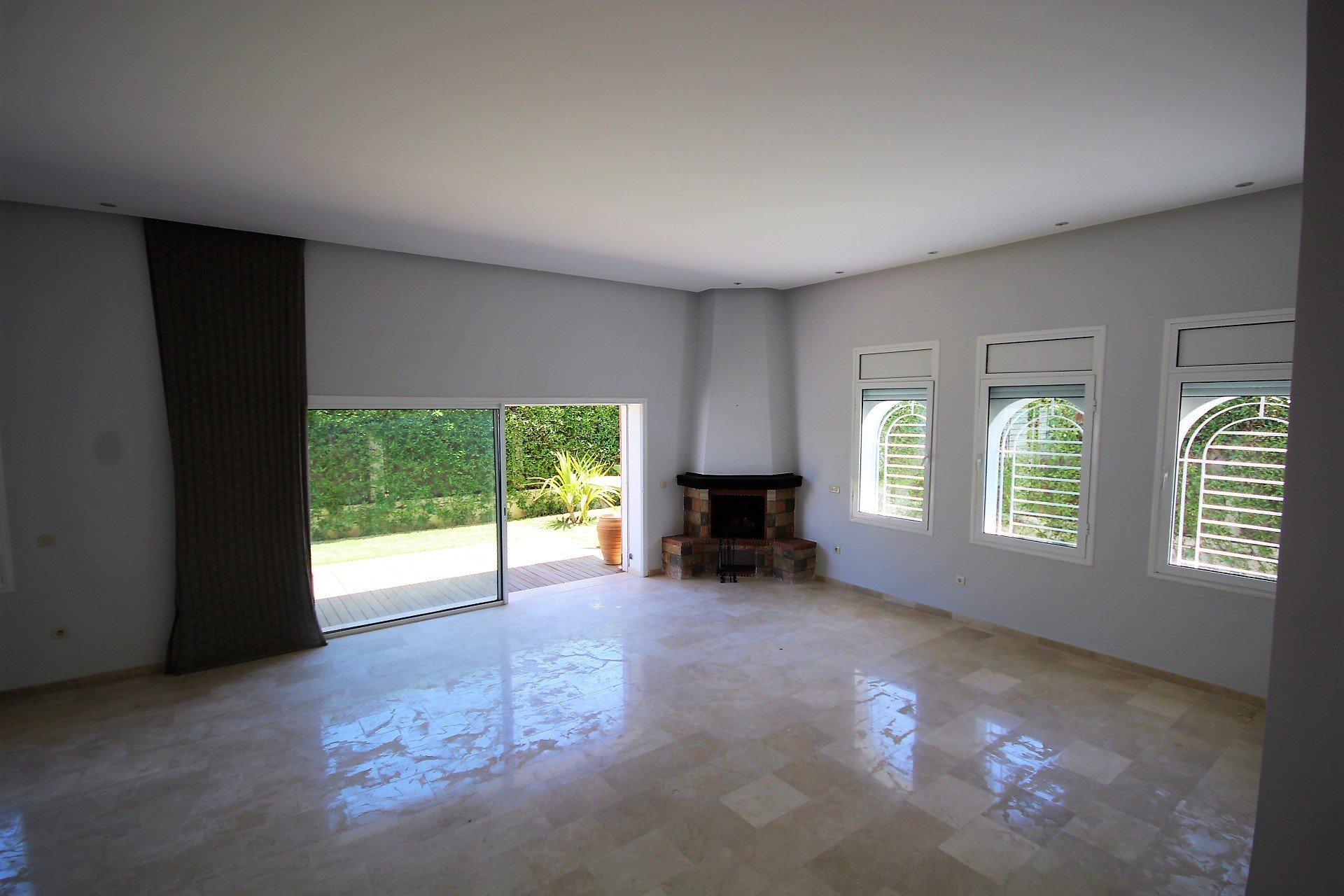 Dar Bouazza loue luxeueuse villa individuelle proche école belge