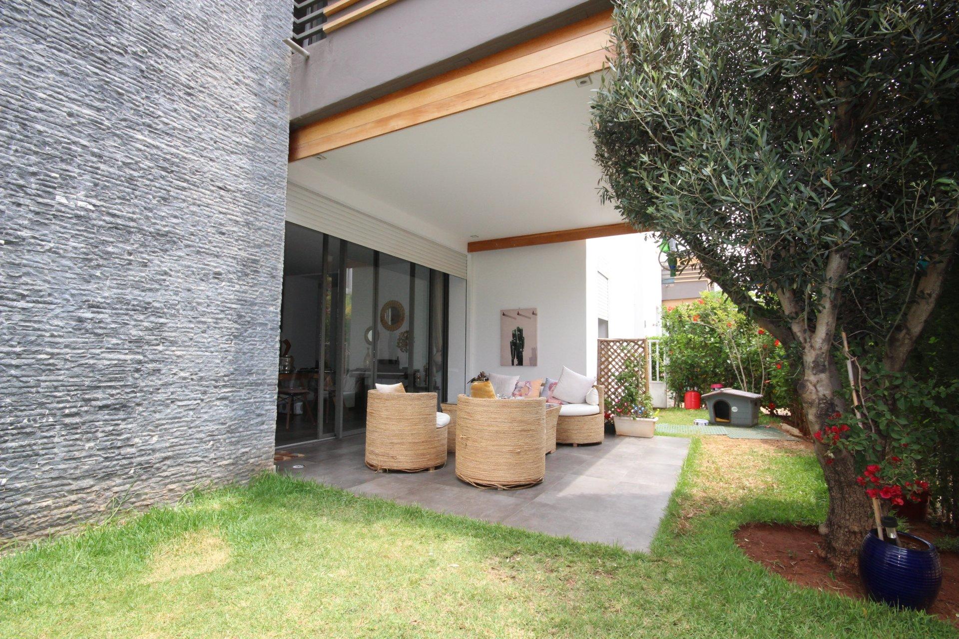 Dar Bouazza loue mieux qu'une villa, Appartement 300 m² en Rez de jardin