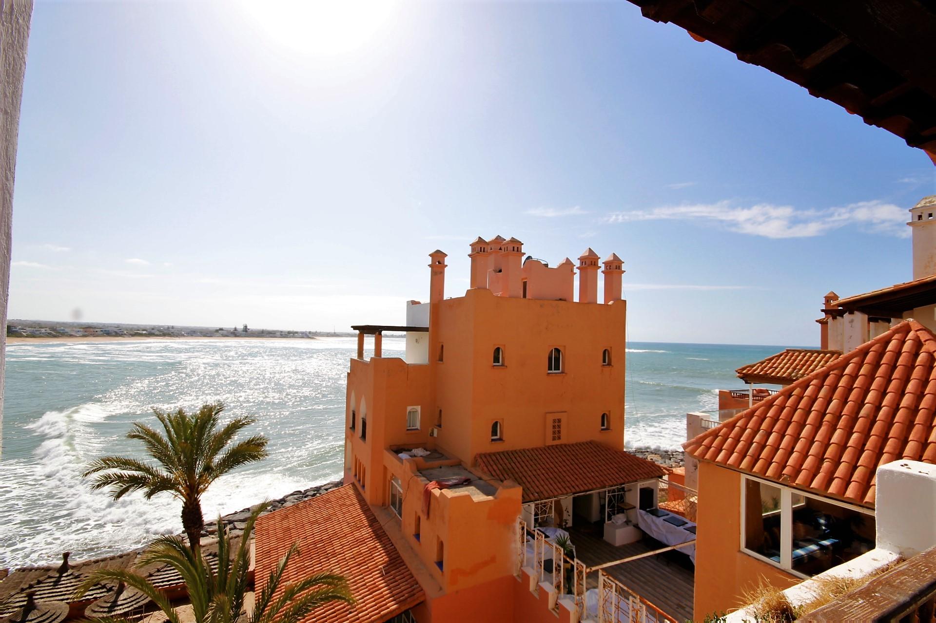 Maroc, Bouznika (Bay), vend appart 2 CHAMBRES avec terrasse vue mer