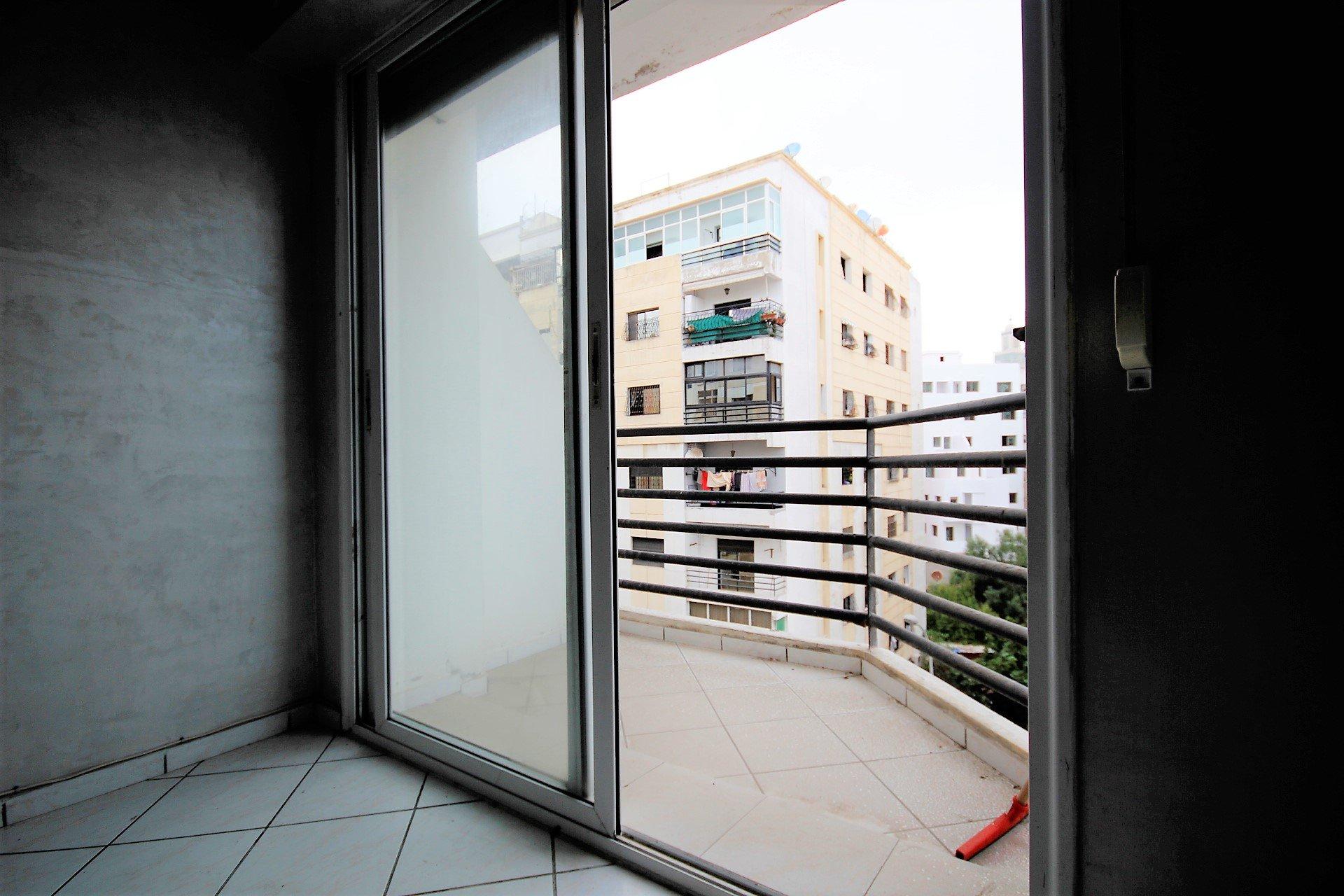 Casablanca,Bourgogne, petit prix, appartement ensoleillé de 63 m²