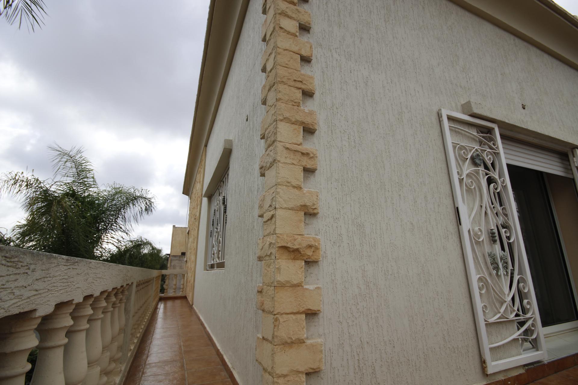 Casablanca, Sidi Maarouf coté Casanearshore, vend villa de caractère de 450 m² sur 3 niveaux