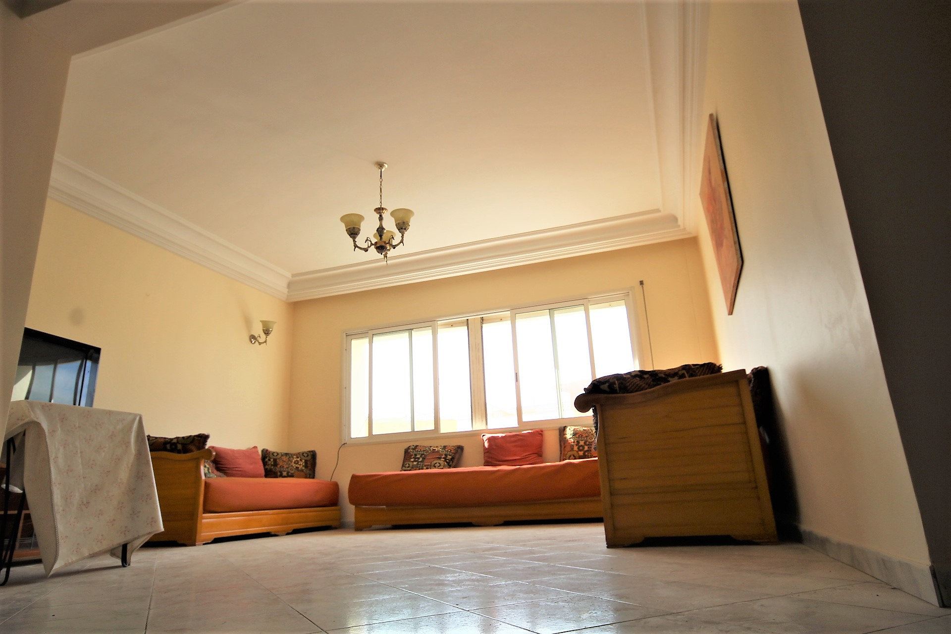 Casablanca, Bourgogne, loue appartement 3 chambres proche de la corniche Hassan 2