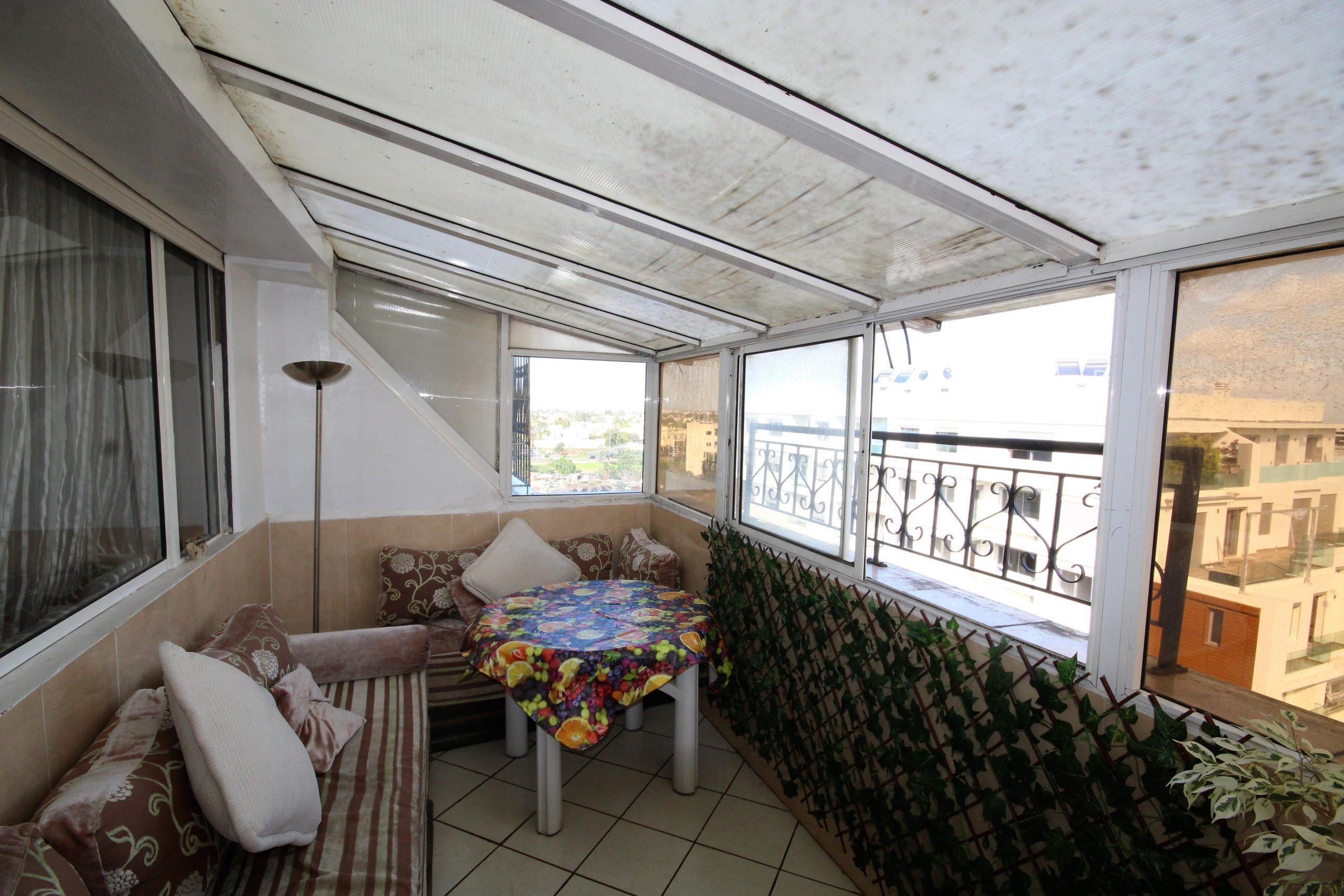 Maroc, Casablanca, Californie, vend 5 pièces avec grande terrasse bon prix